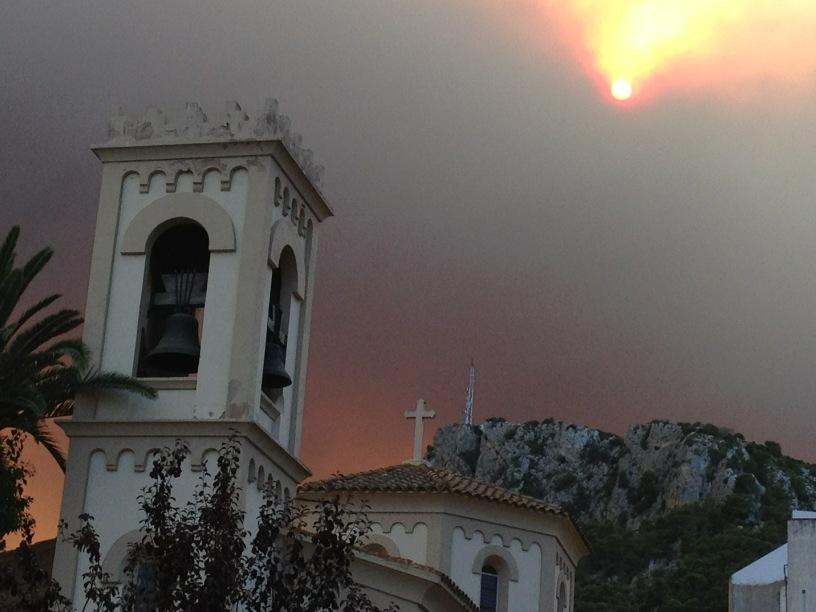 L'Estartit #ARAincendis http://t.co/Jc2PRSyt