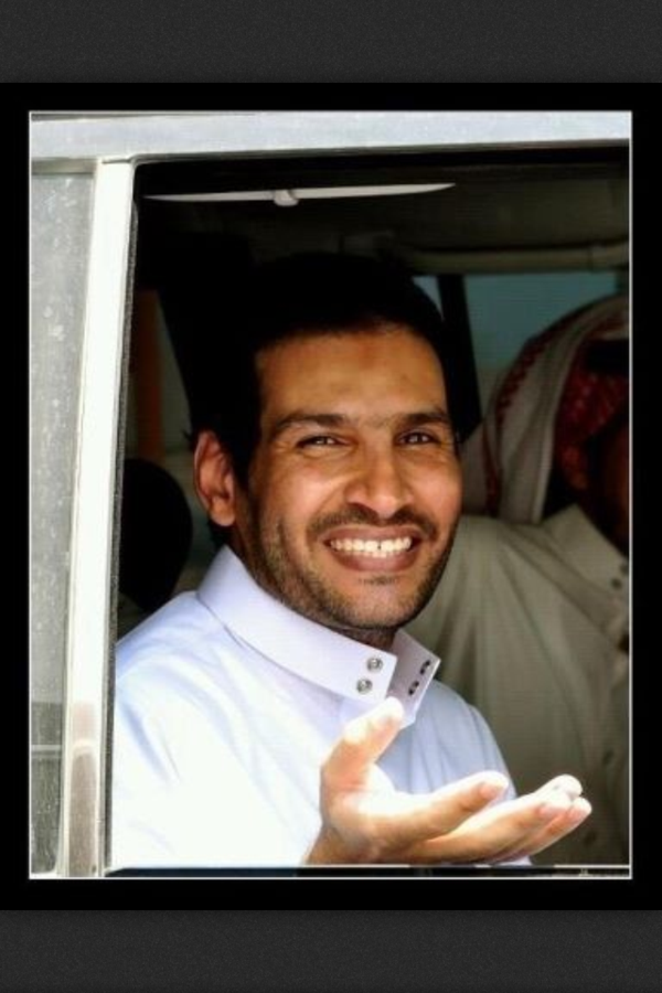 صهيب عسيلان (@S_Osailan): #خالد_الجهني صورة للتاريخ.. أهلا بك يا خالد؛ يا ربيعنا العربي الوحيد! http://t.co/LSwrMV7S