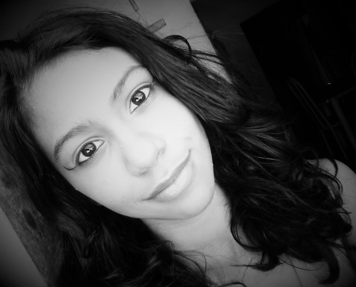 Pra quem não me conhece, essa sou eu! :) http://t.co/ptjKe9MV