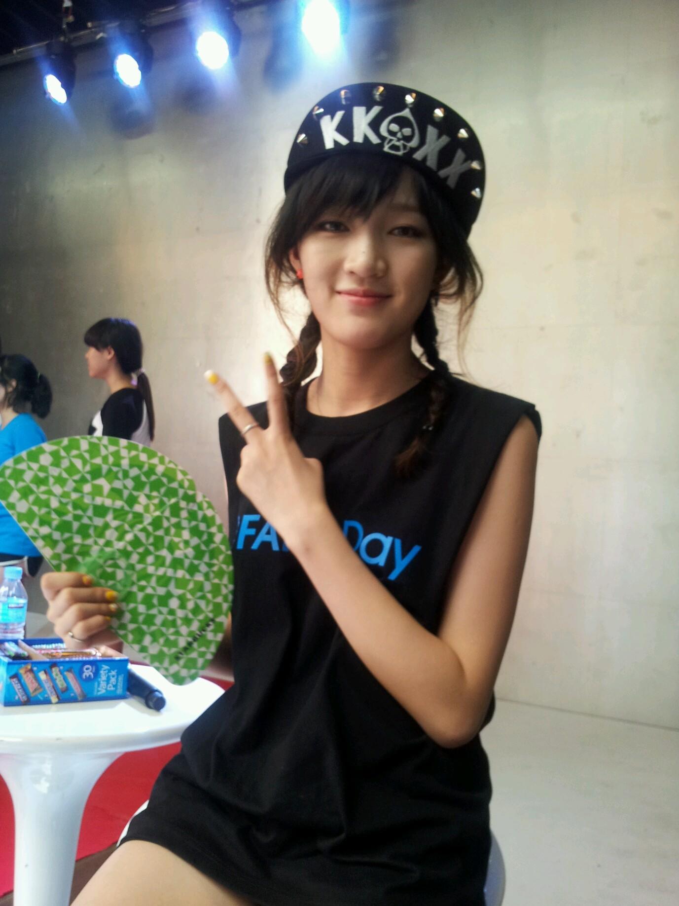 RT @JYPEOFFICIAL: [JYP Fan's day] miss A 'jia' http://t.co/KfhAexTh