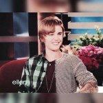 Me quiero cortar las venas #HappyBirthdayJustinBieber @justinbieber http://t.co/aMZilVQcB9