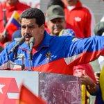 """""""¡YANQUIS, GO HOME!"""" Maduro exigirá visa a los estadounidenses que deseen visitar Venezuela. http://t.co/RruU1xpR2P http://t.co/W6sbAuRzve"""