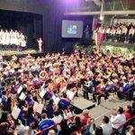 Hermoso el Concierto Gala del 40 Aniv. del Sistema Nacional de Orquestas y Coros Juveniles e Infantiles de Venezuela. http://t.co/mfq5lQBs1p