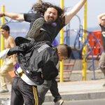 Amistoso de fútbol playa termina en violenta pelea entre hinchas http://t.co/HNo7PluAuS http://t.co/p5ZIZ59rvT