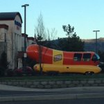Wienermobile sighting! Near Walmart in South Medford--this thing really gets around! @kdrv @wienermobile http://t.co/4aMcjvTFRf