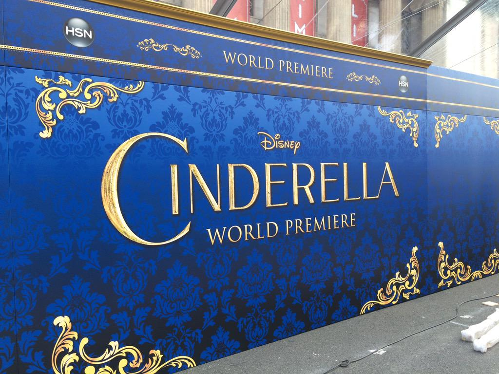 Carpet rolled out & backdrop up for @Disney #Cinderella Premiere presented by @HSN & @jcpenney http://t.co/XZgG8Ko7sl