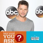 Having @RyanPhillippe on #LKN. We'll talk his new @ABCNetwork show #SecretsAndLies, questions? http://t.co/qZBoiUCl0A