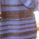 Eu ainda To confuso com essa discussão. Como assim tem gente que vê branco e dourado nesse vestido!?? N entendo http://t.co/iybm6TQcf4