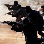#داعش يحتجز عشرات الاسر في المجمع السكني بـ #البغدادي ويستخدمهم كدروع بشرية http://t.co/zcYUXxMxrK http://t.co/RCCCde11Fk