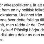 Politikeradeln hotas av den nya folkrörelsen - Sverigedemokraterna http://t.co/jcrjIjtzwx #svpol http://t.co/tgiOpG1irC