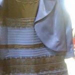 【何色?】ドレスの色で世界中が大論争 http://t.co/AiwZ7pHs28 見る人によって見える色が違うらしい。「白と金」、「青と黒」、どちらに見えたでしょうか? http://t.co/4pW9B3Bd6A