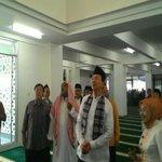 Ahok Ingin Makmurkan Masjid-masjid di Jakarta http://t.co/xLuE05zmJ6 @basuki_btp http://t.co/hdyyACyDoJ