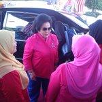Ktibaan YAB Datuk Amar Rosmah Mansor,Isteri YAB Pdana Mnteri Msia Mjlis Pyerhn Bntuan #PascaBanjir,Dwan Suarah Shan http://t.co/MkukiABhi9