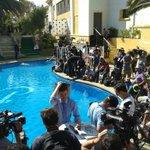 Ya se llenó la piscina del Hotel OHiggins para ver el piscinazo de @Jhendelyn http://t.co/LifIvwoLhQ