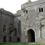Free entry to castles across Wales on St Davids day. http://t.co/DPBoK7vuE1 http://t.co/5LIYVQI9X3