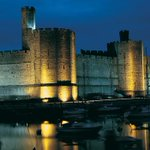 #walesfacts Like castles? Wales has 641 castles to choose from! #StDavidsDay http://t.co/iGYo5zrXdT http://t.co/xNekHJKWsM