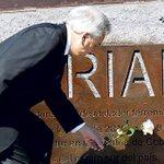 Piñera reaparece en actividad por 27/F y responde a críticas del gobierno http://t.co/kDszbY3Qy5 http://t.co/y0yqOMkL4F