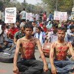 #Bangladesh #Shahbag movement protests murder of #Atheist humanist blogger #AvijitRoy http://t.co/plkRCI7gFR http://t.co/RZjoTGkfsw