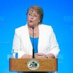 """Bachelet dice que reconstrucción """"no admite cálculo político"""" y que obras culminarán en 2016 http://t.co/AEk8yzFW4y http://t.co/1XNWkjG4tk"""