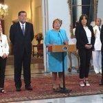 """Bachelet a cinco años del 27/F: """"La reconstrucción no puede ser una bandera de lucha política"""" http://t.co/OEaLTKPhKg http://t.co/QjDEyYjhlh"""