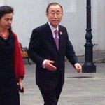 AHORA: Secretario General de Naciones Unidas Ban Ki Moon llega a La Moneda para reunirse con Presidenta Bachelet. http://t.co/KvR9ILNPYY