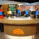 4 out of 5 TODAY anchors say #TheDress is blue & black! http://t.co/yarpqMaQg1