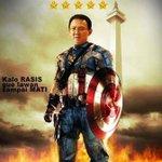 Ada yang berani melawan Super Hero ini ? :p #SaveAhok http://t.co/y3Fp7AY5Hw