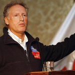 "#27F un recuerdo para un hombre que sin aspiración política alguna, soñó con ""levantar a Chile"". @DesafioChile http://t.co/Zr1X5zjzlm"