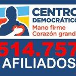 Sin embargo hay idiotas que dicen que @AlvaroUribeVel esta cada vez más solo... Idiotas como @JuanManSantos #Pendejo http://t.co/NnfCvjB9HU