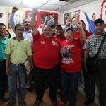 #Monagas #Maturín Más de 2 mil trabajadores monaguenses viajan a Caracas en apoyo a Maduro http://t.co/03WHGsSG4J http://t.co/lcXoexIMVc