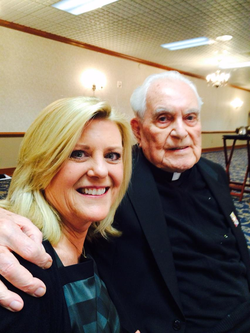 Fr. Hesburgh made @NotreDame coed, changing the lives of 1000s of women, including mine.  #ThankYouFrTed http://t.co/HfzrBLcMoo
