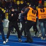Президент «Генгама» назвал болельщиков киевского «Динамо» бешеными собаками http://t.co/jTbbyXBmUz http://t.co/Kiftr408a8