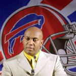 13 years ago today, @thurmanthomas signed a 1-day contract to retire with the Bills. http://t.co/0kVMORB6O0 #legend http://t.co/nEHL4hwFZe