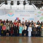 Esta es la fotografía oficial del evento #WomenStgo. Sigue las actividades de la Presidenta en http://t.co/CoHc6DwbXx http://t.co/c8wgxTa5Pt