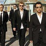 Hoy comenzó venta de entradas para concierto de #BackstreetBoys en Santiago http://t.co/KdaAAQsVX3 http://t.co/rGkiM3QrOu