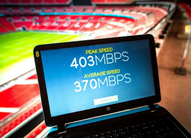 That's fast - @EE kicks off 400 Mbps 4G trials at Wembley Stadium http://t.co/yARthhZDYK http://t.co/8dC8sAWGFs