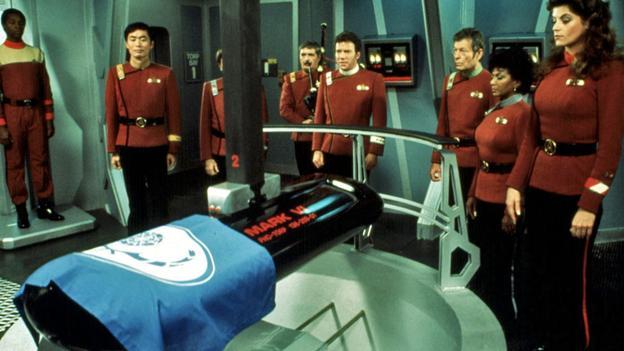 "RIP Leonard Nimoy. ""He's not really dead, as long as we remember him."" http://t.co/cQ3Nn7Xfv6 http://t.co/ThXNm4bPWI"