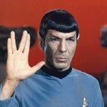 Скончался Леонард Нимой, получивший известность за роль Спока в сериале Star Trek http://t.co/tWwYqL0gBc http://t.co/v4e34Nx4jA