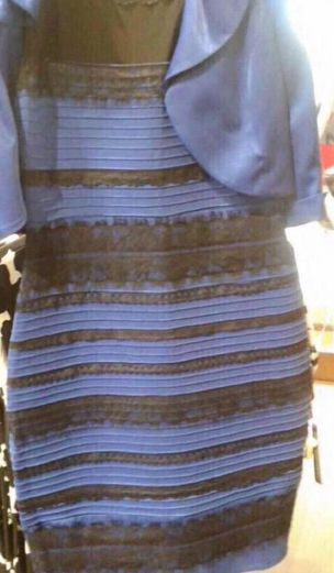 RETWEET for Blue and Black or FAVOURITE for White & Gold #TheDress #MarkMeetsPoll