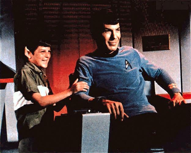 """""""@inalaska2: @dhewlett @TheRealNimoy I always loved this picture of him and his son. LLAP Mr Spock. http://t.co/hQUzGNxxBu"""" Lovely!"""