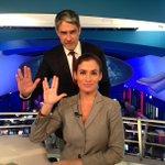 Que F O D A. RT @jornalnacional: Boa noite! O JN está no ar, com homenagem ao Sr. Spock http://t.co/11j3pHiJ4H