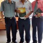 Director de la Ugel-San Ignacio recibe la revista de los #10DiasdeOración http://t.co/htERmTZIYh http://t.co/4wwDL2ZwXJ