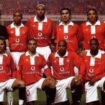 Em 2005, o Benfica conquista o 31º Campeonato Nacional. http://t.co/tMctsgxPP5