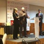 Premio a la mejor iniciativa privada a @mobbeel en @InformaticosEx, @jlhuertas @jearias http://t.co/u0Jn83UztM
