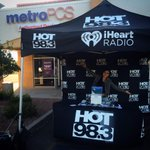 RT @Hot983: Ultimate Backstage Experience sign up to meet @neyo @jordinsparks @iamricolove & more! 22nd & Alvernon! #slowjamslive