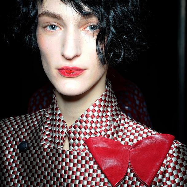 Backstage Beauty at today's Emporio Armani show #thelook @armani #armani #MFW15 #beauty http://t.co/QSpzjvTAwH
