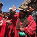 Galeano reconoce en Morales al más entrañable símbolo de la identidad latinoamericana.http://t.co/rEZ9N4UnJS http://t.co/6JxhG3h8g1