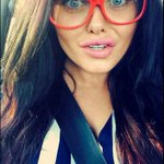 The only thing that could make #Gogglebox any funnier is if you view through #funnyspecs #RND15 @ScarlettMoffatt http://t.co/GKa4dv1TvR