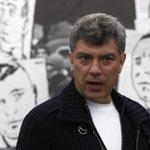 Reports: Ex-Russian Deputy PM and critic of President Putin, Boris Nemtsov, shot dead http://t.co/cg5WPMdPNN http://t.co/78EpZUHBqh