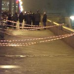 PHOTO: Site of #Nemtsovs killing, center of Moscow. http://t.co/vDzuJgoMss Via @Dobrokhotov